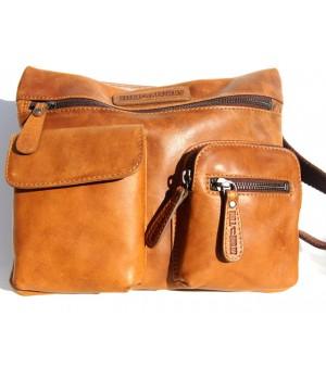 Voll Leder Schulter Tasche im markanten Design.
