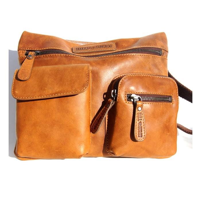 Schulter und Handtasche
