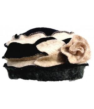 Mütze creme schwarz