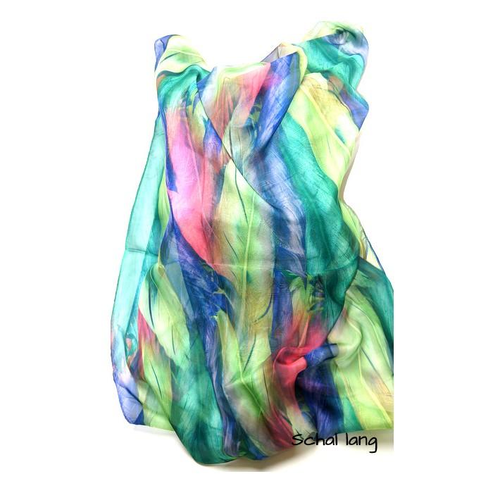 Grüner frischer Schal