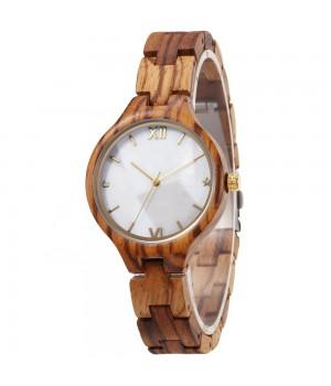 Holz Uhr mit Perlmutt Ziffernblatt von Formaflori Zipfelhütte Siegen